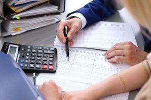 o-profissional-ciencias-contabeis-fornece-referencias-economicas-para-tomada-decisoes-dentro-das-empresas-59de14bc52bcd